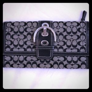 Coach Bags - Coach Signature Wallet Black